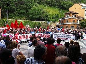 Asturian miners' strike of 2012 - Image: Concentración en defensa de la minería y de les comarques mineres 2