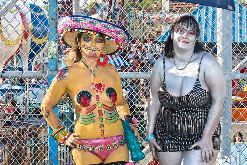 File:Coney Island Mermaid Parade 2012 (17).jpg