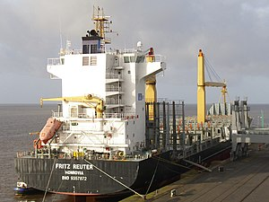 Container ship Fritz Reuter.jpg