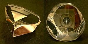 Corner reflector - Corner cube reflector