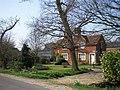 Cottage - geograph.org.uk - 385236.jpg