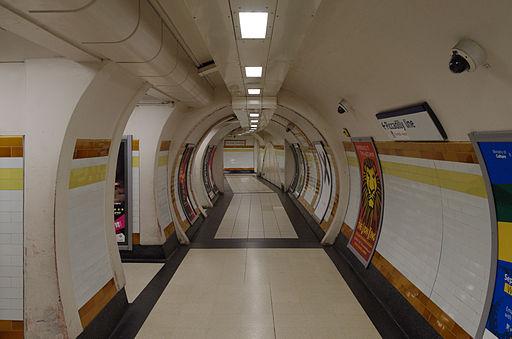Covent Garden tube station MMB 02