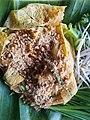 Crispy pork phat thai in omelette ball - Chiang Rai - 2017-07-03 (002).jpg