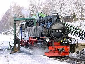 Fichtelberg Railway - Image: Dampflokomotive 99785im Bahnhof Cranzahl