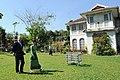 Daw Aung San Suu Kyi (6646227151).jpg