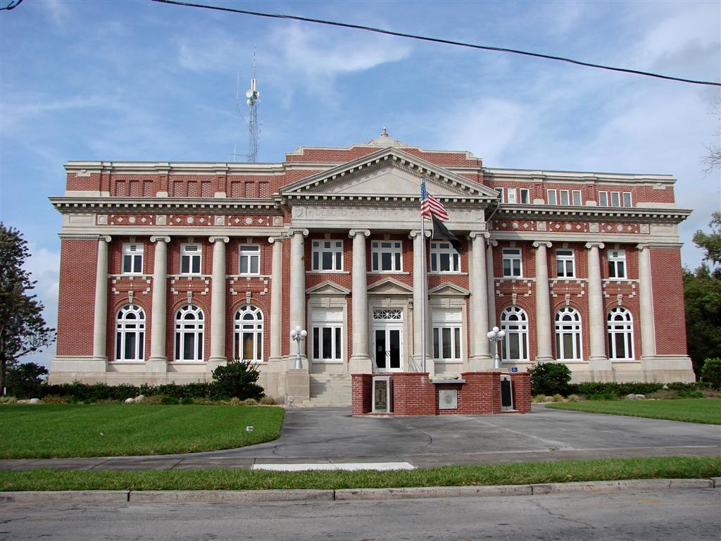 Desoto Courthouse