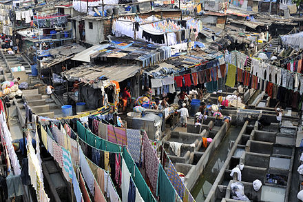 Mumbaikar dhobis at work in the Mahalaxmi area - Dhobi
