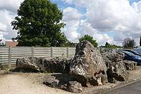 Dolmen La Pierre qui Tourne, Morancez, Eure-et-Loir (France).JPG