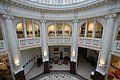 Dom Bankowy Wilhelma Landaua w Warszawie hol główny 01.jpg