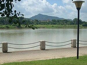 Dong River (China) - Image: Dongjiang River 01