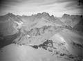 ETH-BIB-An den Aiguilles der Mt. Blanc-Kette dicht vorbei, in 3600 m Höhe-Tschadseeflug 1930-31-LBS MH02-08-0188.tif