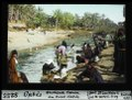 ETH-BIB-Gabès, waschende Frauen am Oued Gabès-Dia 247-08255.tif