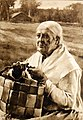 Edelfelt Old Woman with Splint Basket 1882.JPG