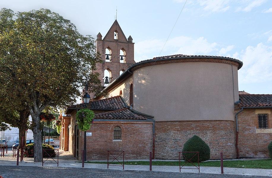 Église Saint-Germier vue de la rue de la république