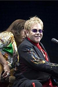 Elton John performing, 2008 4