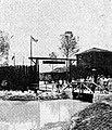 Entrance to Frontierland, Disneyland, Aneka Amerika 102 (1957), p31.jpg