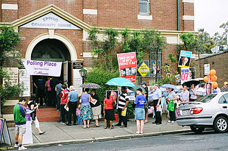 Maxine McKew - A polling booth in Epping at the 2007 federal election in Bennelong.