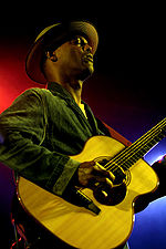 Eric Bibb by Michel Verlinden 2006.jpg
