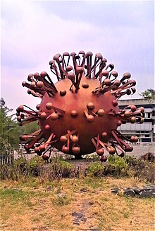 220px Escultura de Coronavirus