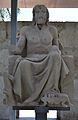Estàtua d'Asclepi de l'antiga facultat de Medicina, València.JPG