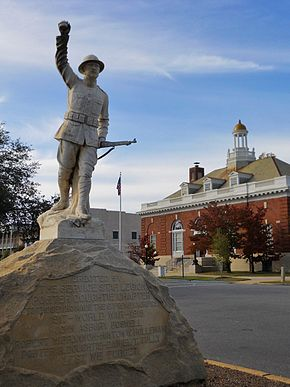 Eufaula Alabama WWI Memorial.JPG