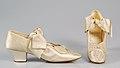 Evening shoes MET 31.704.8a-b CP2.jpg