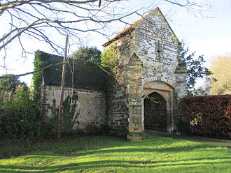 Shermanbury - Ewhurst Manor gatehouse