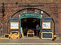 Exeter (Devon, UK), Quay -- 2013 -- 5.jpg