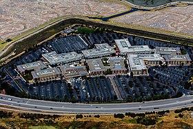 Facebook Campus, Menlo Park, CA.jpg