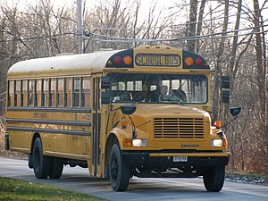 English: 1997 Crown by Carpenter 3800 School Bus