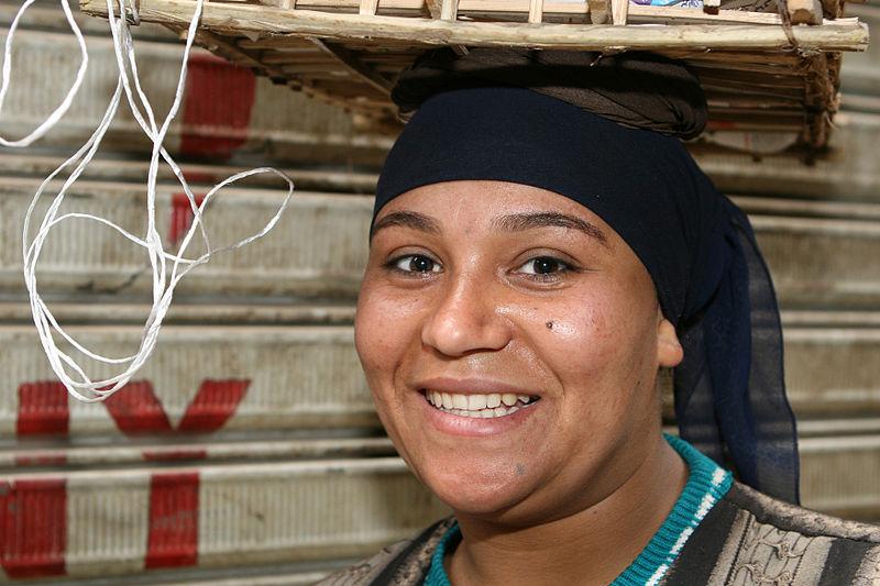 File:Flickr - DavidDennisPhotos.com - Woman in Cairo Bazaar.jpg