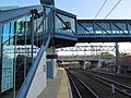 Footbridge at New Haven State Street station, May 2013.JPG