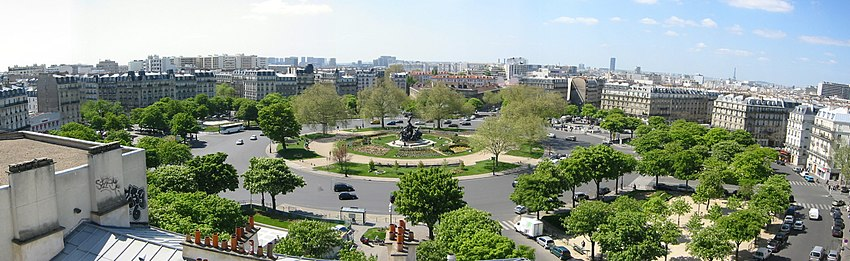 FrancoiseDeGandi - Paris - Place de la Nation.jpg