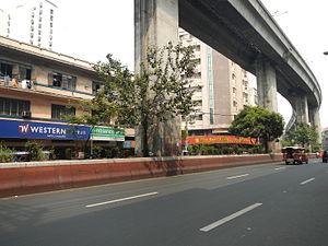Recto Avenue - Recto Avenue just west of Rizal Avenue with the elevated LRT-2