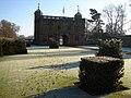 Gatehouse of Charlecote Park, Charlecote, Warwickshire.jpg