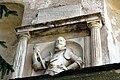 Georg Khevenhueller Reliefbueste am Khevenhuellertor Burg Hochosterwitz 22042007 99.jpg