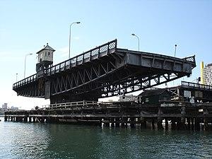 Glebe Island Bridge - Image: Glebe Island Bridge 1