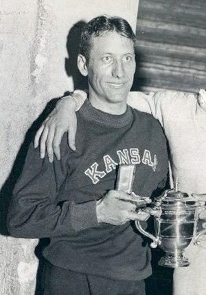 Glenn Cunningham (athlete) - Cunningham in 1933