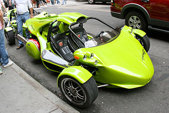 Campagna Motors - Image: Green Campagna T Rex in New York