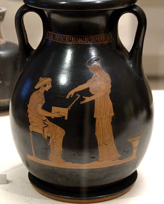 Gynaeceum - Pelike showing a gynaeceum scene, 440–430 BC