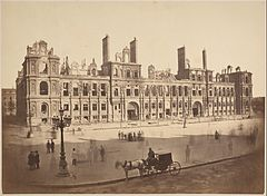 Hôtel de Ville after the Commune (original).jpg