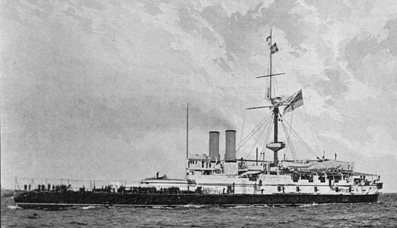 800px-HMS_Victoria_%281887%29.jpg