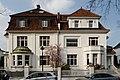 Haeuser Meliesallee 8 und 10 in Duesseldorf-Benrath, von Sueden.jpg