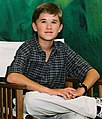 Haley Joel Osment in 2001 (cropped).jpg
