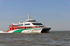 Halunder Jet (ship, 2003) 2012 by-RaBoe 12.jpg