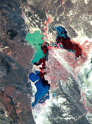Hamun Lake - Image: Hamoun Oasis wetlands 1976 satelite