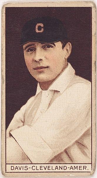 Harry Davis (1900s first baseman) - Image: Harry Davis, Cleveland Naps, baseball card portrait LCCN2008678350