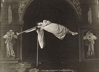 Adelaide Herrmann - Adelaide Herrmann performing