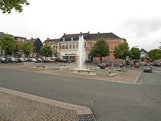 Hautmont - Image: Hautmont fontaine