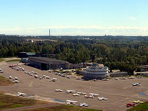 Second International Aeronautic Exhibition - Malmi airport in 2006, with the round terminal of 1938